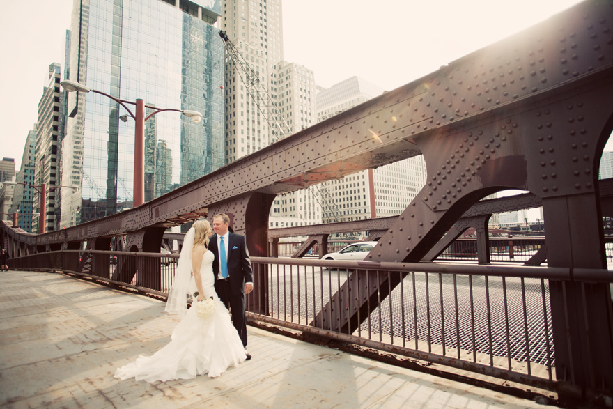 bridge wedding photos Chicago.jpg